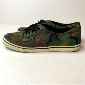 Vans Military Green Camo Sneakers Size 6